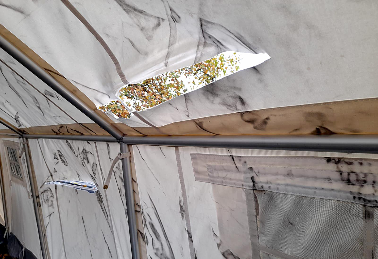 Zelte am Corona Testzentrum beschädigt