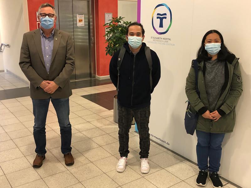 Diomhel Nenolia und Toni Rose Canda aus den Philippinen sind im St. Elisabeth-Hospital im Einsatz: