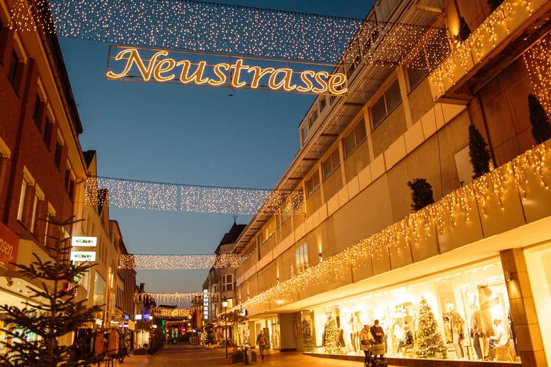 Innenstadt weiterhin weihnachtlich beleuchtet
