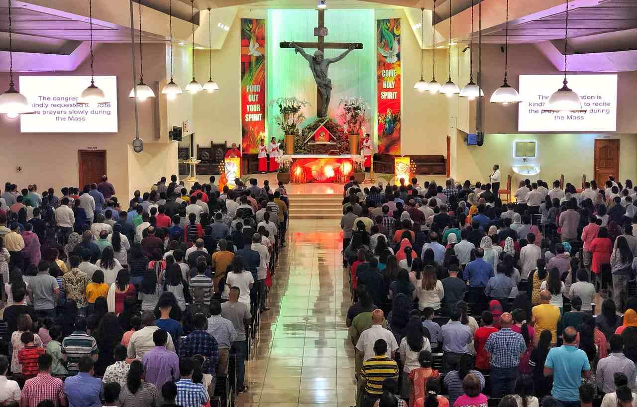 Gottesdienst mit fast 100 Personen aufgelöst